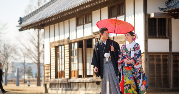 Experience wearing traditional kimono!